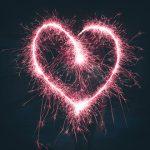 La guía de los espejos rotos: historias de amor de parejas famosas