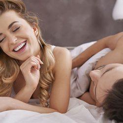 Positions pour Faire l'Amour Enceinte : Plaisirs et Ventre Rond