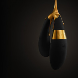Tiani 24k le Vibreur Pour Couple Avec une Pointe d'Or Pour un Flot de Plaisir !
