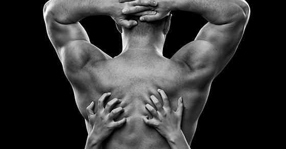 8 Façons d'Utiliser les Mains Pendant une Fellation Pour qu'Il Prenne Son Pied
