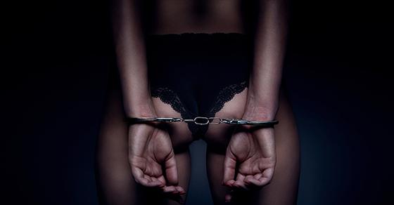 10-interdits-sexuels-de-la-loi-franc%cc%a7aise-et-ce-quon-risque-a-les-enfreindre