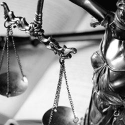 8 Étranges Affaires de Sexe Qui Ont Fait Rougir les Tribunaux