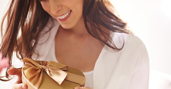 8 Idées de Cadeaux LELO pour une Fête des Mères Qui Décoiffe !