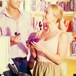 8 Questions à Poser aux Vendeurs Dans un Love Store Pour Choisir le Bon Sex-toy !