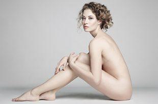 Une modèle nue