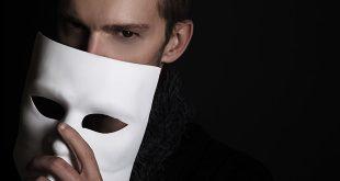 LELO_VOLONTE_L'uomo in maschera