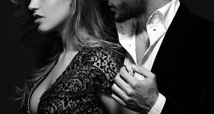 Era rimasto un istante più del necessario fermo davanti al suo sesso nudo e caldo, poi si era risollevato