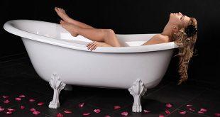 LELO_VOLONTE_Sesso nella vasca da bagno