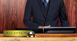 LELO_VOLONTE_Il receptionist